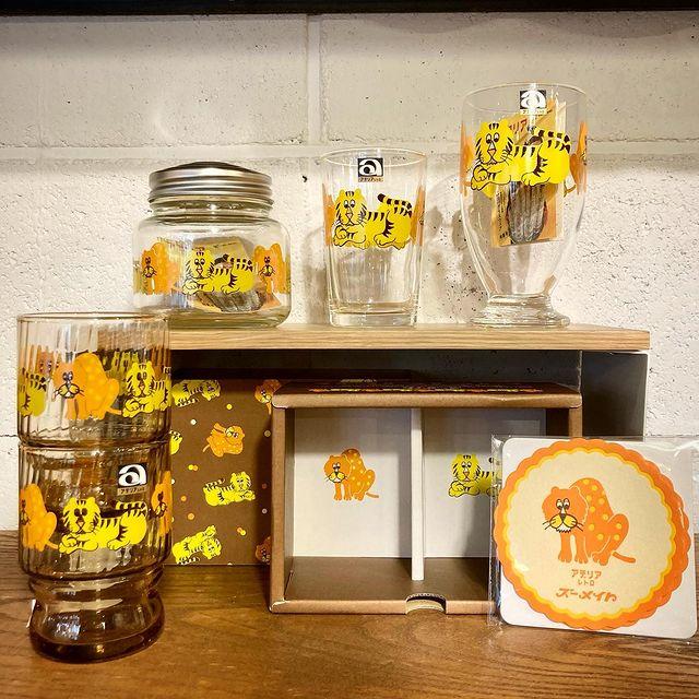 【 商品紹介 】「アデリアレトロ」は、かつて昭和の家庭で使われていたアデリアのグラスウェアを、現代でも安心してお使い頂けるようリメイクした製品です。